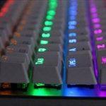 Black Mechanical Eagle Z-77 Multicolore LED Backlit mécanique clavier de jeu avec des interrupteurs bleus, Clavier 87 touches anti-Ghosting de la marque Yishang image 2 produit