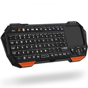Fosmon Mini Clavier Sans fil Bluetooth, Portable Wireless Keyboard (QWERTY) avec télécommande et souris à pavé tactile pour iPhone, Galaxy, Android Smartphones, Tablette, Laptop, Notebook Ordinateur de la marque Fosmon Technology image 0 produit